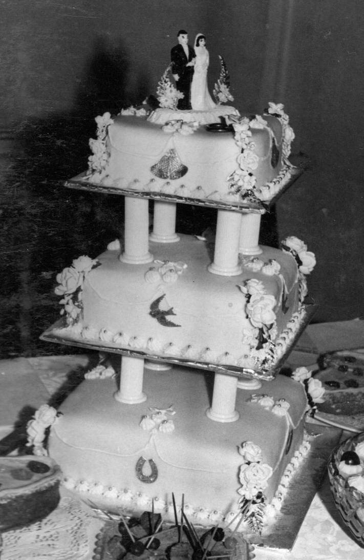 Pin 1960s Wilton Book Of Wedding Cakes Cake By