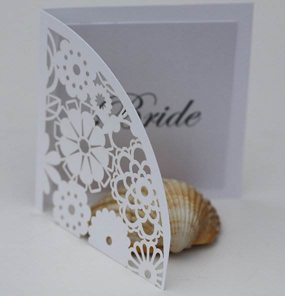 Etsy lasercut name place cards via the National Vintage Wedding Fair blog