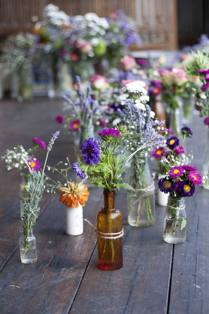 handpicked flowers for a vintage wedding from National Vintage Wedding Fair