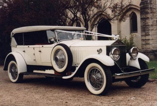 vintage rolls royce 1920s from The National Vintage Wedding Fair