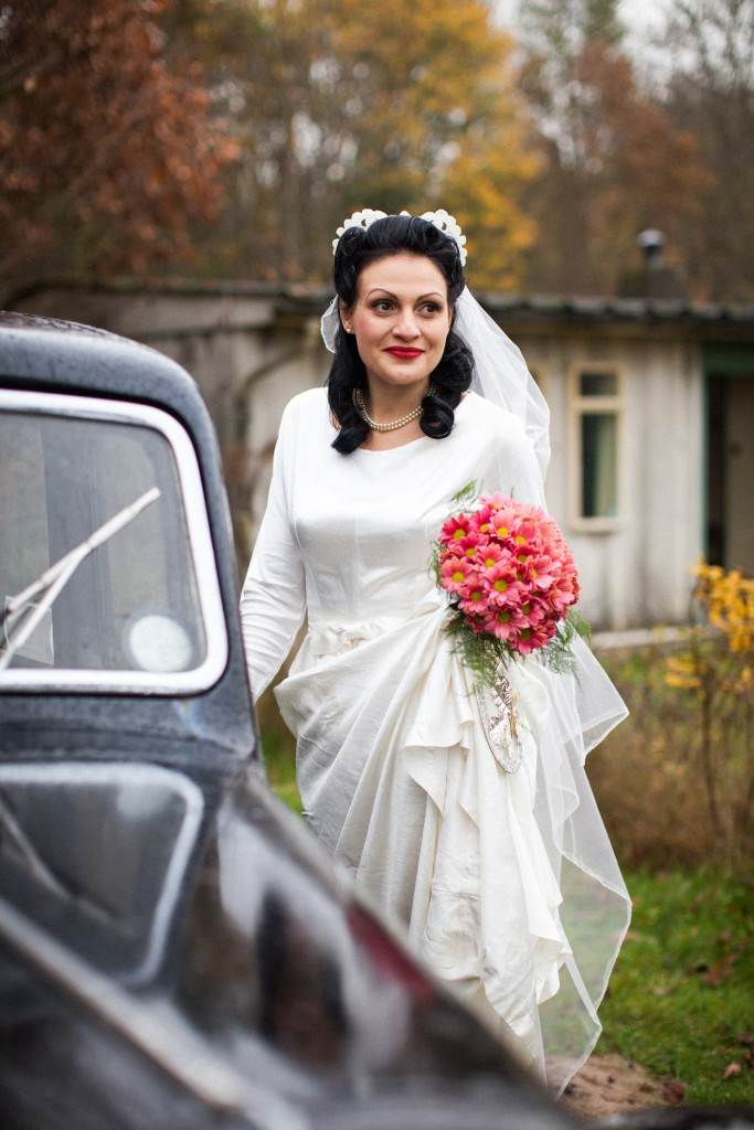 1940s vintage wedding dress shot by Sally Forder for Binky Nixon for the National Vintage Wedding Fair