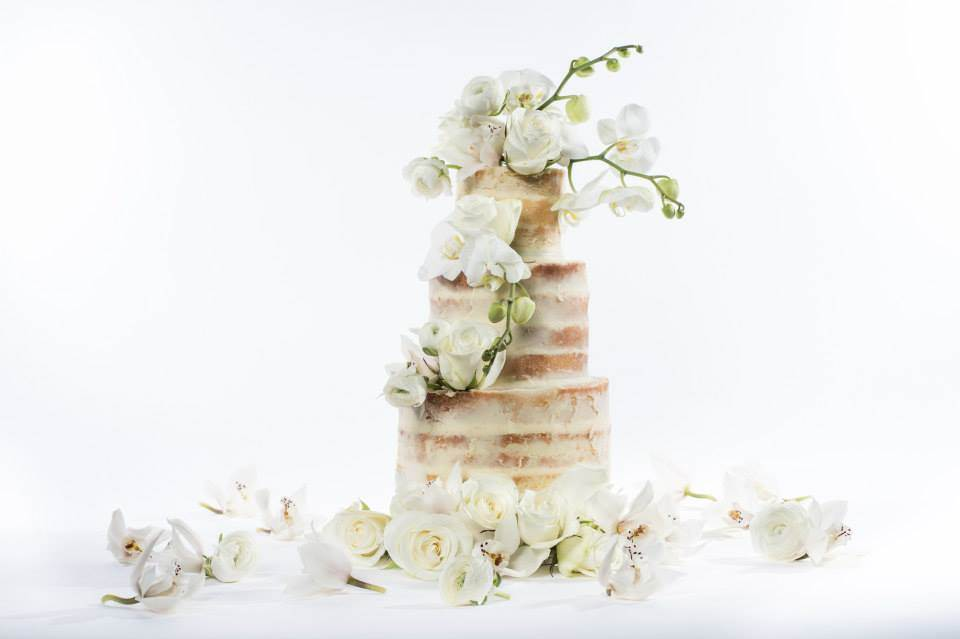Beautiful wedding cakes by Bake and Bloom decorated with fresh flowers as seen on the National Vintage Wedding Fair blog