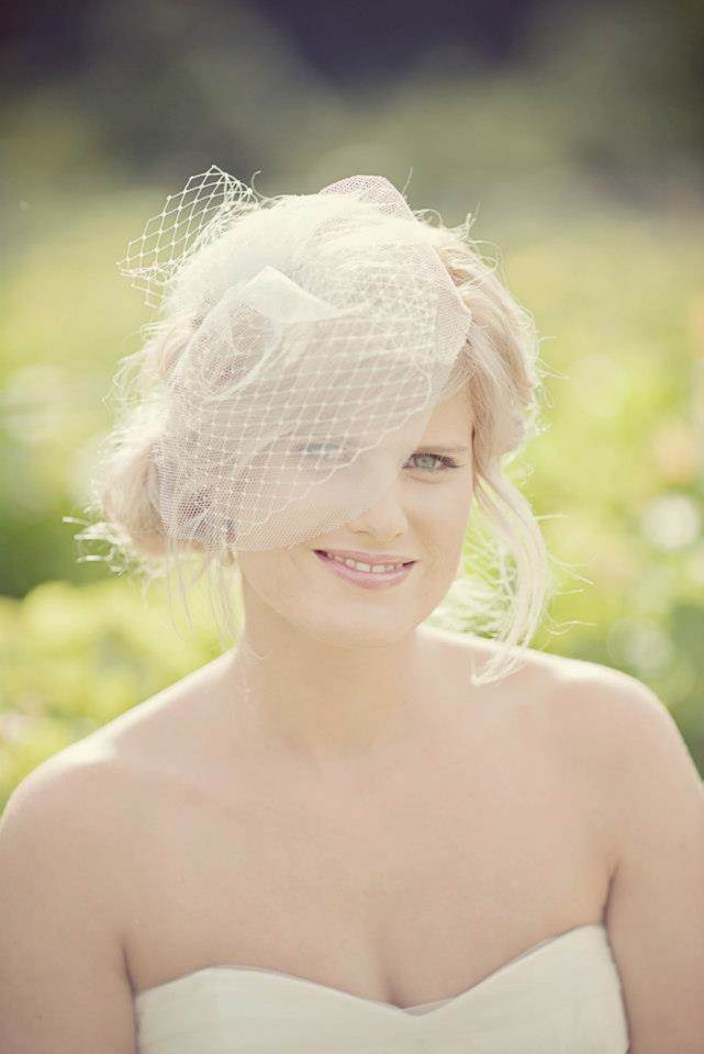 BIRDCAGE VEIL by Silver Sixpence in her shoe as featured on The National Vintage Wedding Fair blog