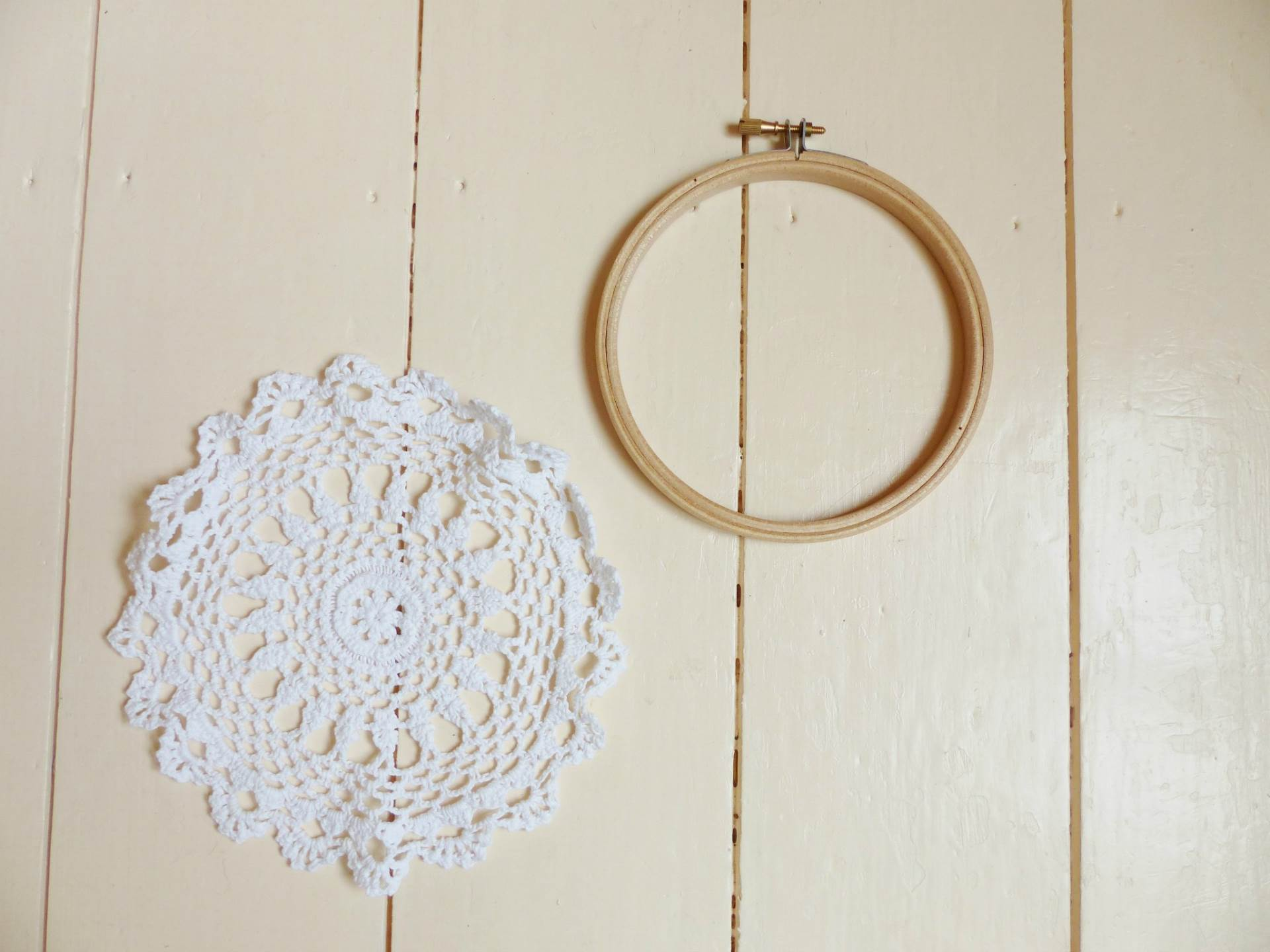 DIY Tutorial How to make a vintage doily wedding wall hanging by The National Vintage Wedding Fair blog 1