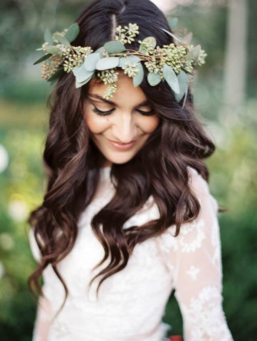 Flower leaf head crown for weddings by  Rachel Soloman as featured on The National Vintage Wedding Fair blog