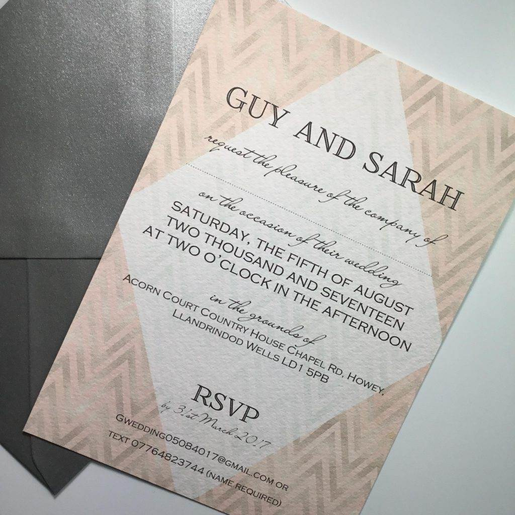 How to reflect current interior trends in your wedding stationery