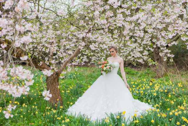 Luxe Country Garden Wedding Inspiration at 'That Amazing Place'