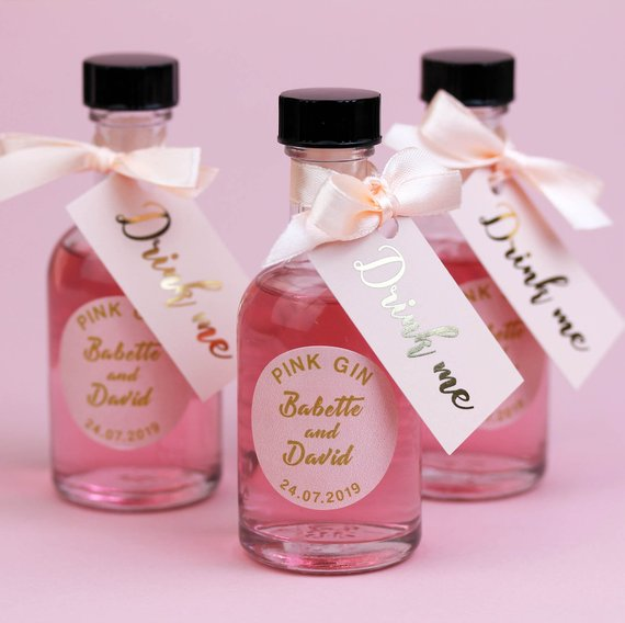 Festive Wedding Favours For Warming Winter Nuptials